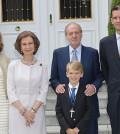 Urdangarin y la infanta Cristina con los Reyes (Foto Casa Real)