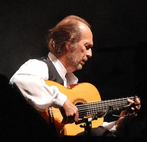 Paco de Lucía (Foto: Montuno en Wikipedia)