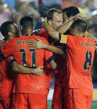 El Barça 2014-2015 celebra un gol (Foto FCB)