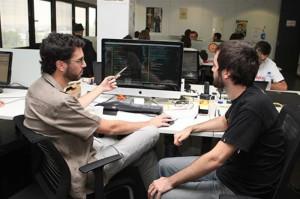 Funcionarios (Foto Moncloa)