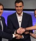 Pedro Sánchez con Albert Rivera y Pablo Iglesias en el debate de El País