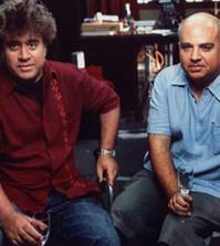 Los hermanos Pedro y Agustín Almodóvar (Foto El Deseo)