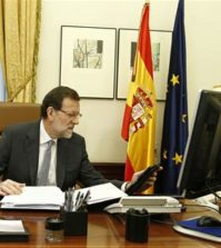 Rajoy al teléfono (Foto Moncloa)