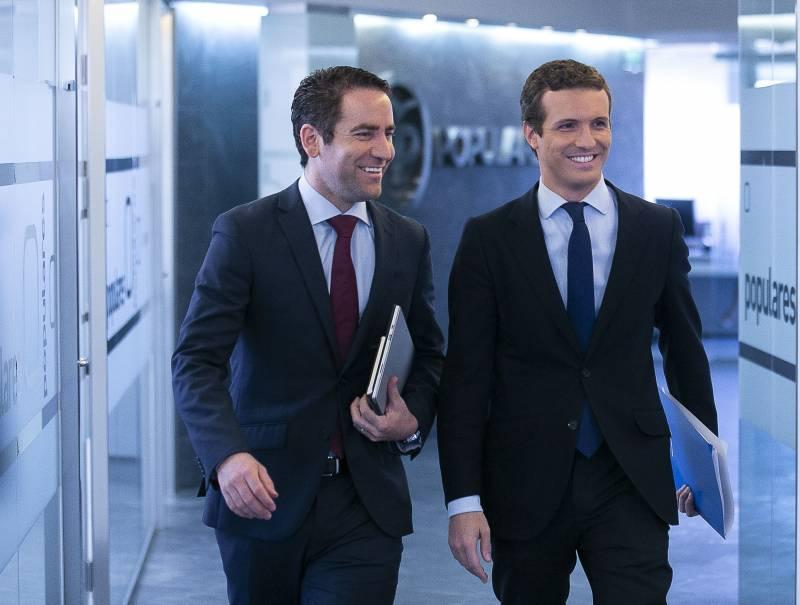 Teodoro García Egea y Pablo Casado (Foto: PP)
